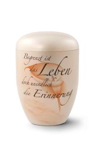 Urnen online Shop Auswahl: Naturstoffurne, Oberfläche perlmutt, Gedenktext, Airbrush-Motiv Calla